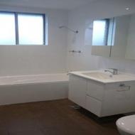 Bathroom-and-Vanities-17